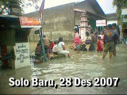 solo banjir 2007