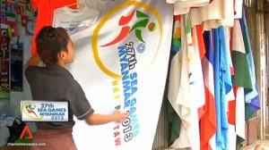 Penjual bendera SEA Games XXVII di Myanmar.